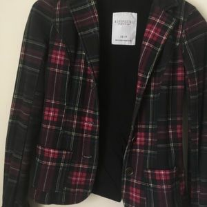 AEROPOSTALE red black plaid look jacket. Size XS